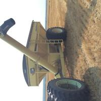 Degleman 800 Grain cart