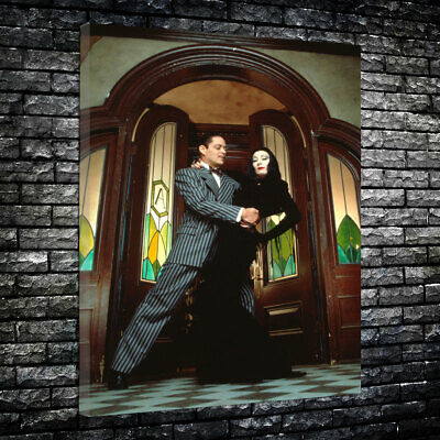 Morticia and Gomez Addams Family Printed Canvas Picture Multiple Sizes 30mm - Morticia Addams And Gomez Addams