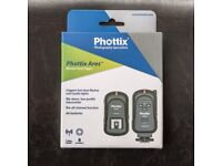Phottix Ares Transmitter and Receiver Set (Flash triggers) - Boxed
