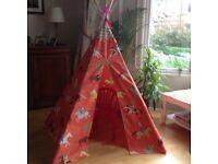 Play tent/ teepee
