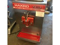 Ice Cream Machine Maxro Bench Top ,Single Phase Electric ,Good Clean Working Order