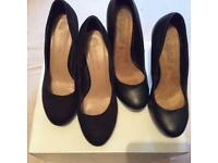 2, pairs Ladies shoes size 5