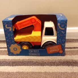Kids toy tow truck