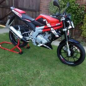 **Rieju NKD125 Motorbike**