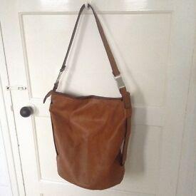 Women's Zara Handbag (Light Brown/Tan) RRP £40