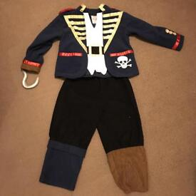 Pirate costume 3-5 years dressing up