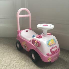 Disney Princess ride-on car - pink Girls ride on