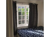 Bright, Spacious room to rent in Newcross Gate station