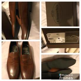 Churchill shoes size 9.5