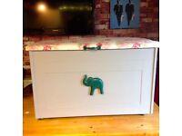 TOY BOX - BLANKET BOX