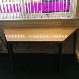 trapeziod desk tables