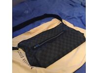 Louis Vuitton lv real mick messenger genuine authentic bag authentic with receipt new damier