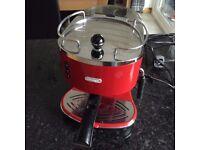 DeLonghi ECO310.R Espresso machine