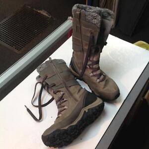Merrel winter boots -Women size 9.5- brown (sku: Z14880)