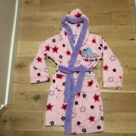 Gorgeous girls dressing gown age 5 to 6
