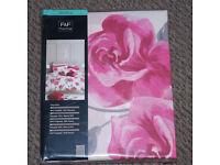 double duvet cover set, rose pattern, new still packed, f & f make, dbl duvet cover & pillow cases