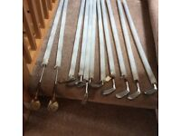 LADIES RIGHT HANDED GOLF CLUBS PLUS EXTRAS