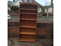 Lovely pine bookcase / Free delivery
