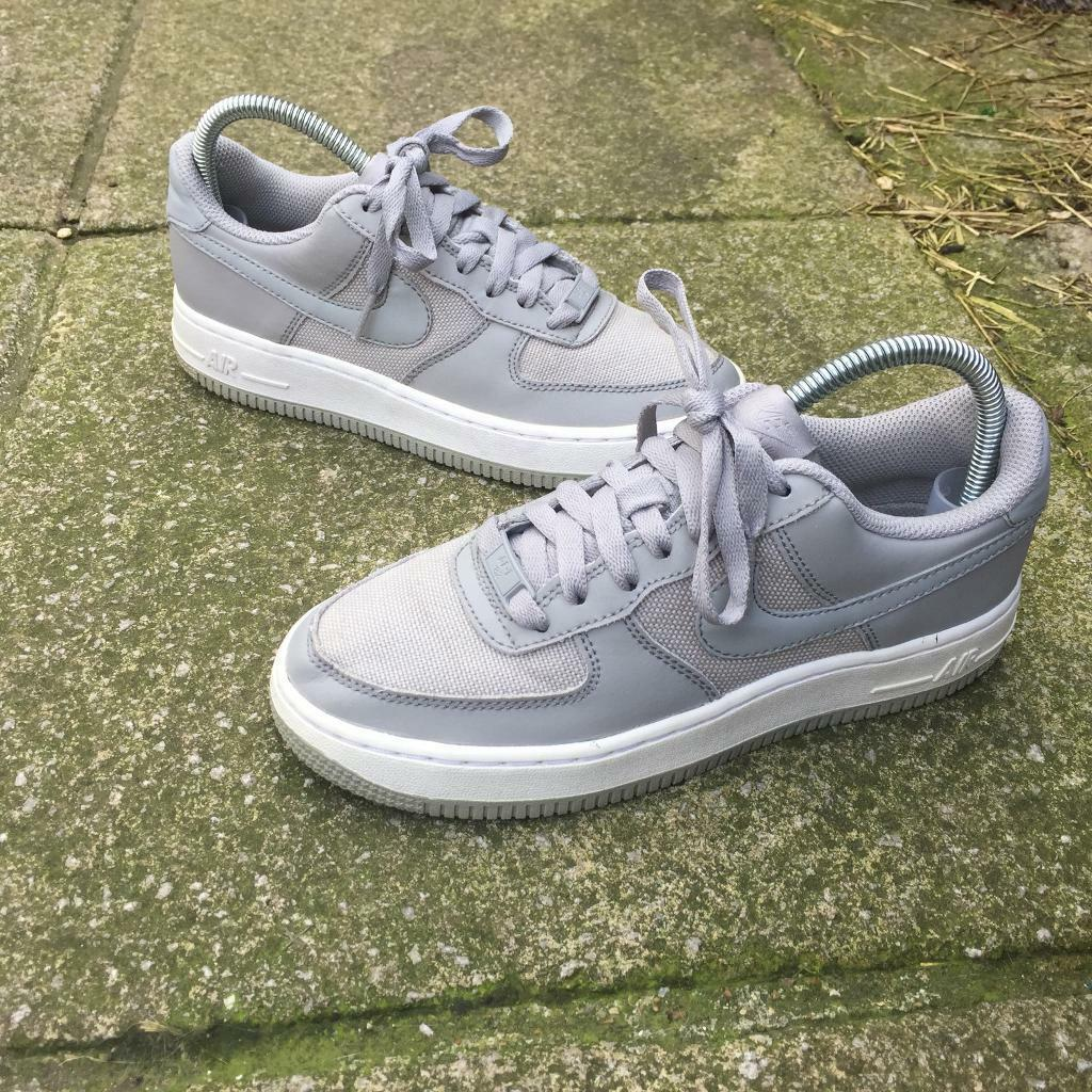 grey air force size 4
