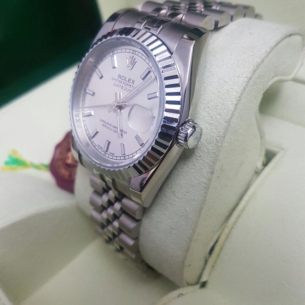 Bagged & boxed Rolex Datejust with all silver strap white silver & Bezel including Rolex Box & Bag