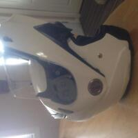 XPeed Roadster Flip-up helmet with shades