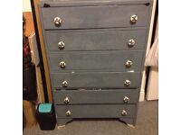 Chest of drawers, pick up only