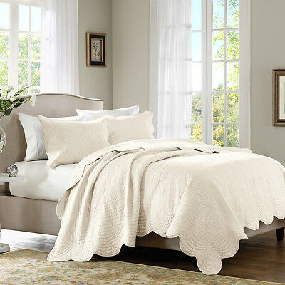 - BEAUTIFUL CLASSIC COZY COTTAGE SCALLOPED CREAM IVORY OFF WHITE SOFT QUILT SET