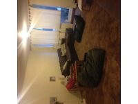 2 x double bedrooms in house share for young professionals or mature students