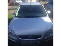 FORD FOCUS 1.6 GHIA AUTOMATIC 5 DOOR LOW MILAGE 57 REG