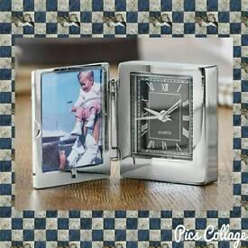 Photo Frame Travel Clock ⏰ 📷