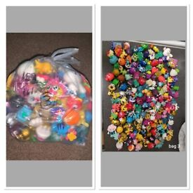 2 x 161 bags of Moshi Monster Toys / Figures