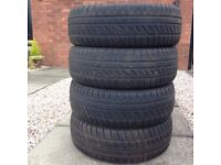 Set of 4 Winter tyres Dunlop SP Winter Response 185/60R15 84T Only used for 2 short Winters