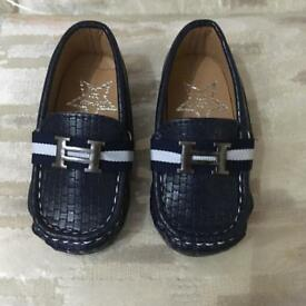 "Boys ""H"" buckle loafers size 21. New"