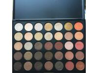 Morphe shimmer 350s make up palette