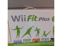 Wii Fit Plus (NINTENDO)EXCELLENT