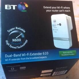 Dual-band Wi-Fi Extender 610