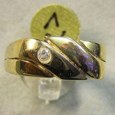 9 ct GOLD second hand gents diamond ring