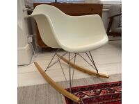 Vitra Eames Rocking Chair in Ivory white 2006 excellent