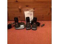 Three home phones with answer machine