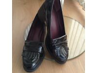 REDUCED PRICE Ladies Chunky Heeled Comfortable Marks and Spencer's Modern Patent Shoes Size 7