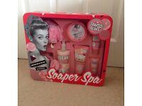 Soap & Glory Soaper Spa Set