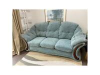 Sofa set 3/2 seats Lovely soft clean