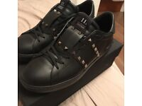 Valentino trainers men's size 9 (43)