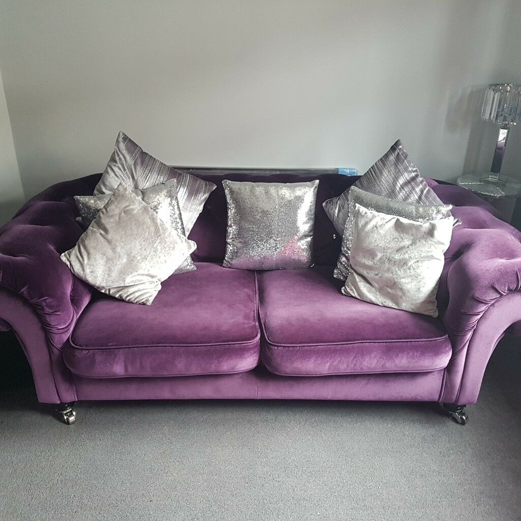 Chesterfield Purple Velvet Sofa With Diamantes And Chrome Casters