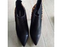 Karen Millen Designer high boots animal print heel size 38