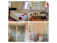 2 double en-suite rooms to let