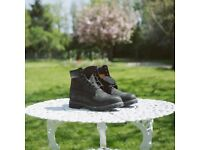 Black Timberland 6-Inch Icon Boot, Size 10.5