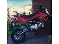 Pitbike Stomp 140 Z2. Pit bike