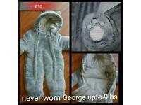 Grey bear snowsuit newborn upto 9lbs never worn