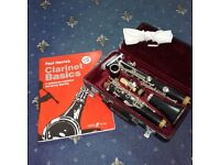 Clarinet - Jupiter with music book